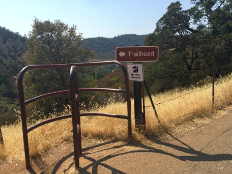 Natural Bridges Trailhead Near Vallecito, California