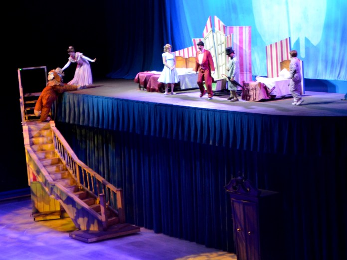 Darling Family From Peter Pan For Disney On Ice Passport To Adventure