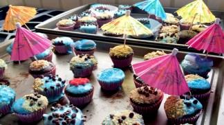 Kids Decorate Cupcakes