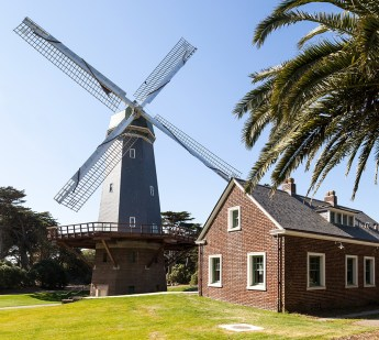 The Murphy Windmill and Millwright Cottage