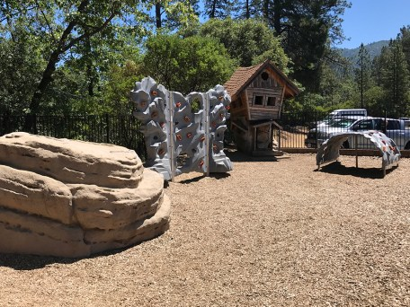 Lake Shasta Caverns Childrens Playground