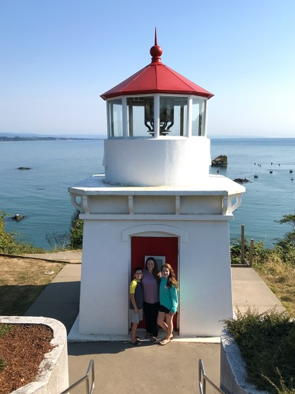 Bourn Family Visiting the Trinidad Head Memorial Lighthouse