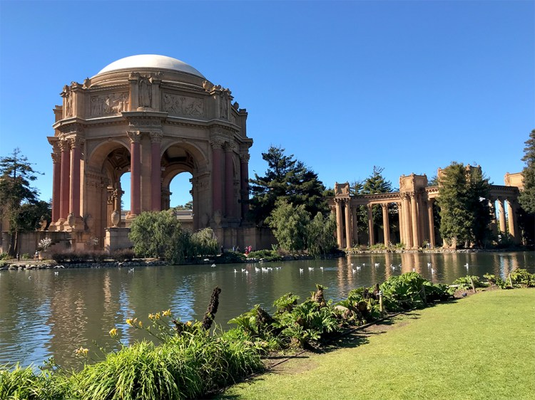 Palace Of Fine Arts Park