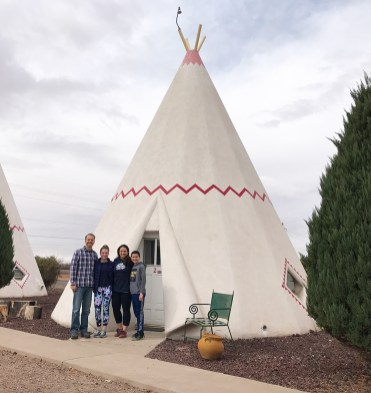 Bourn Family At The Wigwam Motel