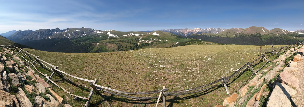 Gore Range Scenic Overlook on Trail Ridge Road