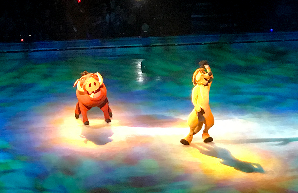 Timone and Pumba From The Lion King in Disney On Ice