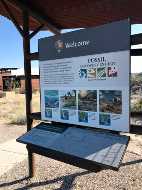 Welcome Sign at the FOssil Discovery Exhibit in Big Bend National Park
