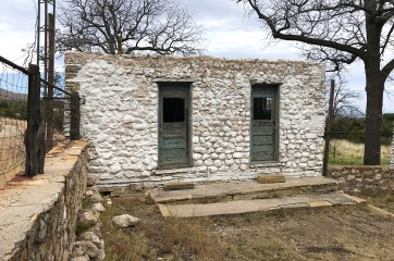 Frijole Ranch Outhouse Building