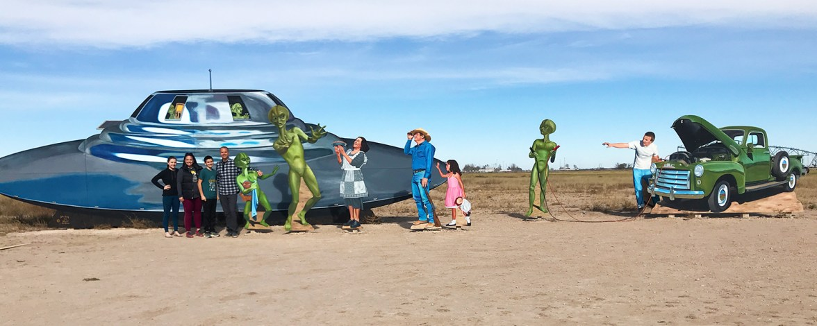 Welcome to Roswell, New Mexico Alien Mural