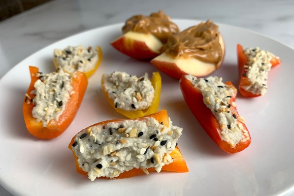Mini Peppers With Everything Bagel Cashew Cheese