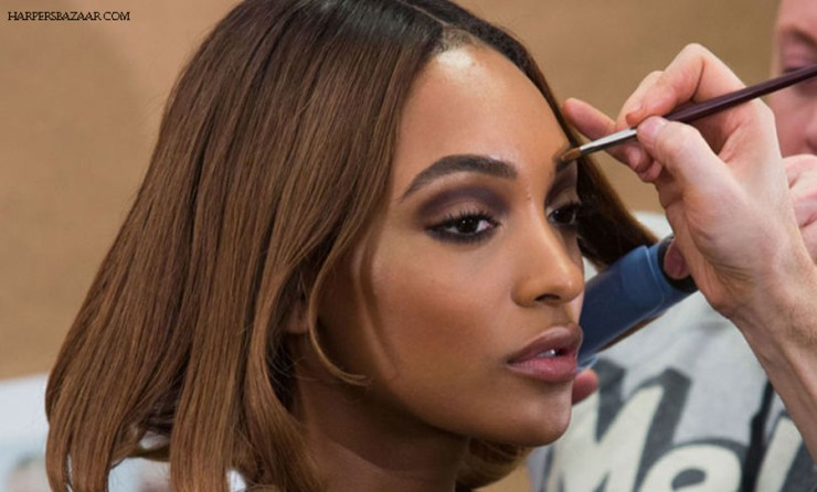 Jourdan Dunn Model Backstage Make Up Artist Foundation Race Diverstiy Fashion