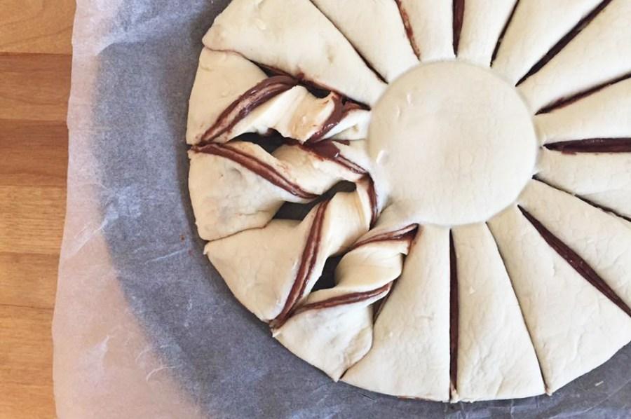 christmas-snowflake-chocolate-pastry-dessert-recipe-baking-twisting