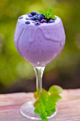 alexsandra winters_purple lavendar blueberry smoothie