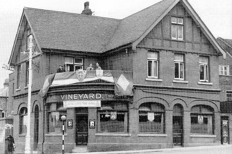 Vineyard-1937-Rochester