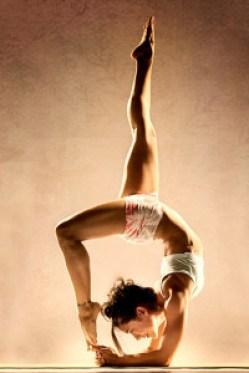 Yoga Instructors, Briohny