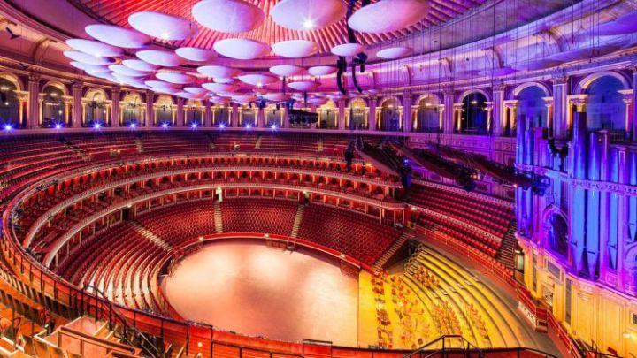 tempat wisata di inggris Royal Albert Hall
