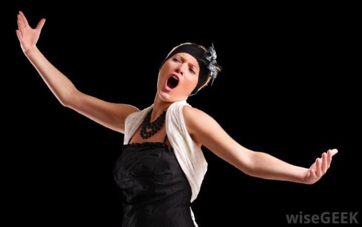jenis suara manusia penyanyi contralto