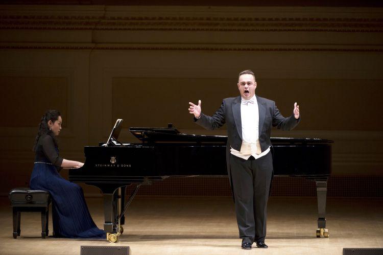 jenis suara manusia penyanyi tenor