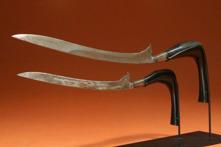 senjata pencak silat rencong