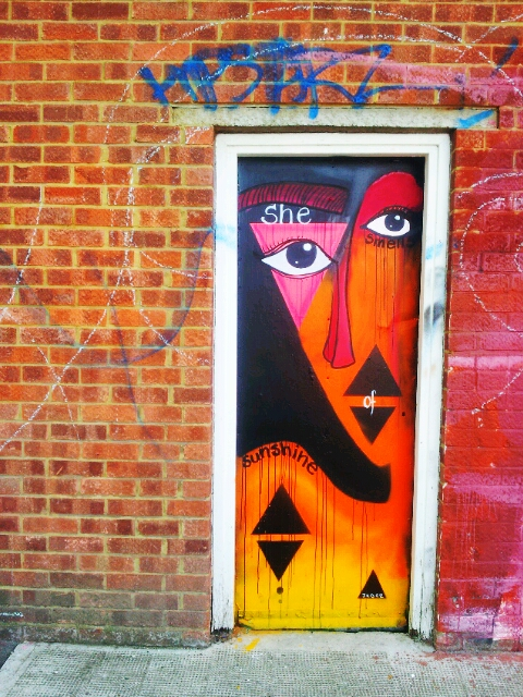 Doorway art on Bream Street
