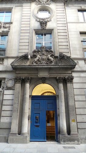 The front of Merchant Taylors Hall on Threadneedle Street