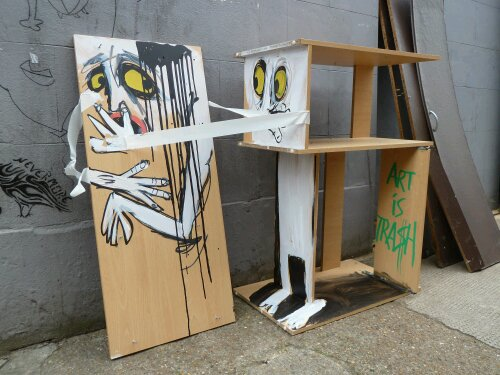 A couple of cheeky Art is Trash people just off Brick Lane.  Thanks to John and Bunny for sending this one in