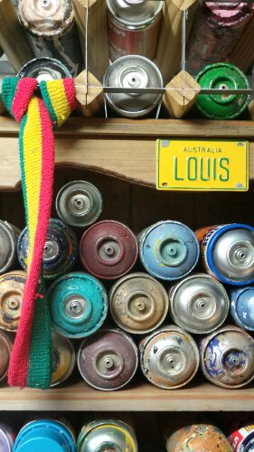 Used spray cans in Louis' studio