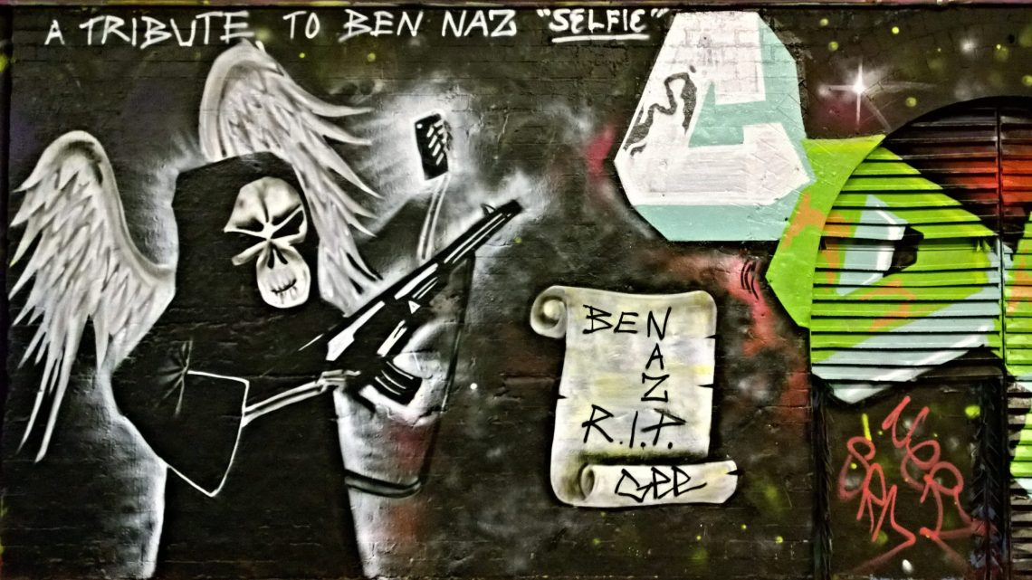 A tribute to Ben Naz's famous 'Selfie' image by Gee Street Art