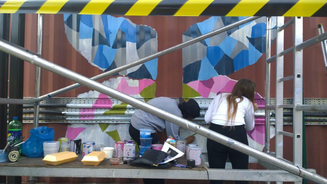 Azarro Amoy painting in Brixton