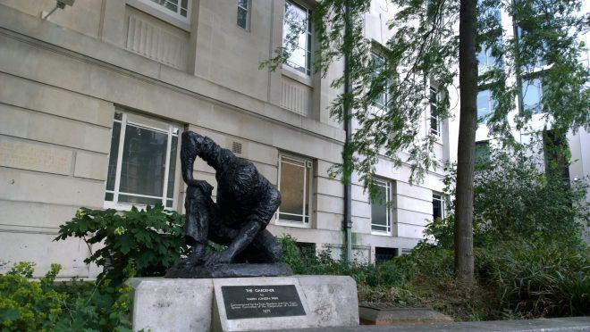 The Gardener statue in Brewers Hall Gardens