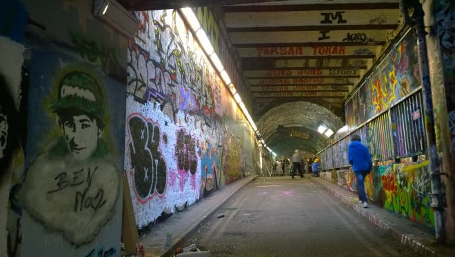 The tunnel with work from Tho3e Tw1nz