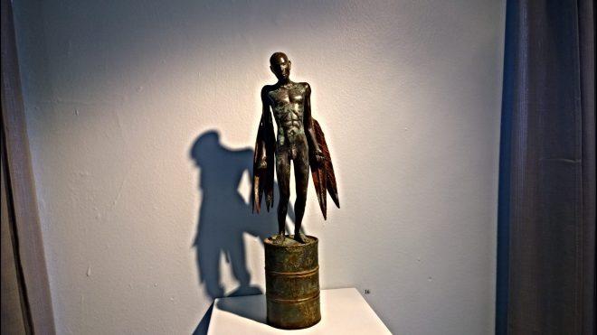 A dramatic bronze from Jonesy