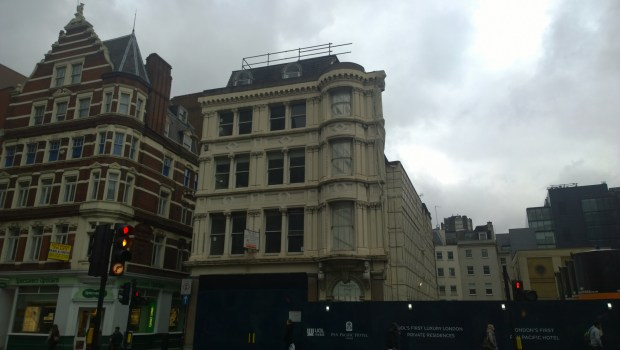 facadism