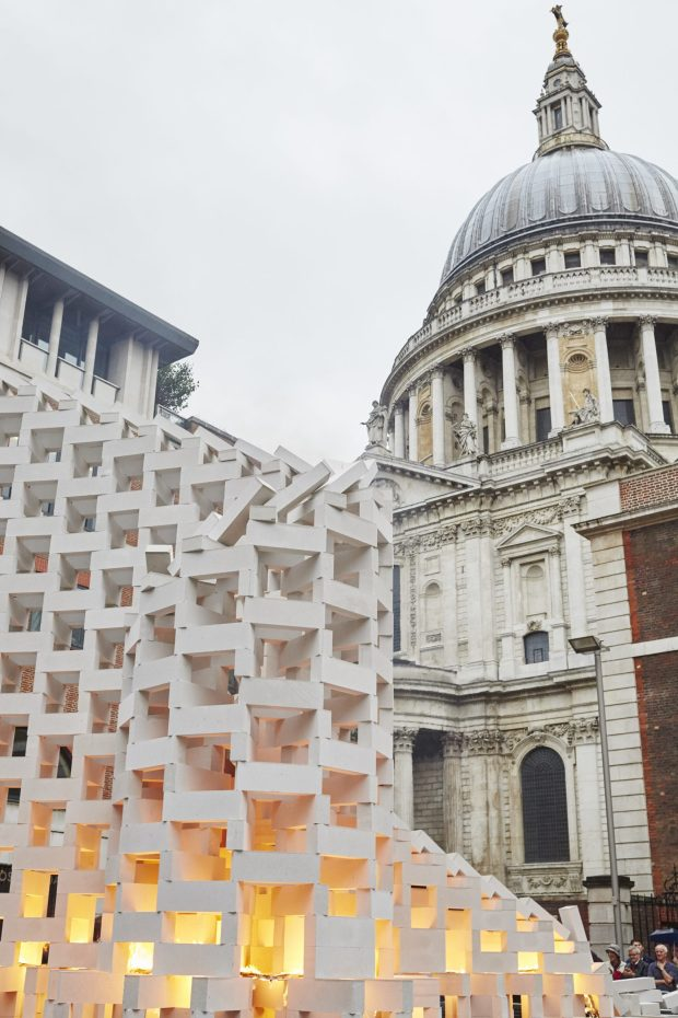 dominoes-station-house-opera-an-artsadmin-project-londons-burning-a-festival-of-arts-and-ideas-for-great-fire-350-produced-by-artichoke-photo-by-matthew-andrews-1