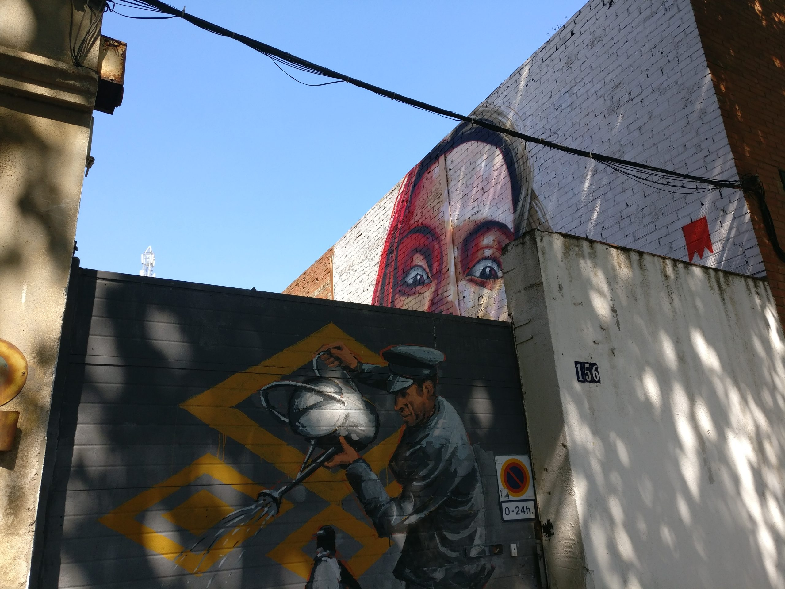 e3be6c497ebcd Barcelona is one of the best places in Spain to see street art. It's a city  with a vibrant artistic culture and everywhere you go, art jumps out at you  and ...