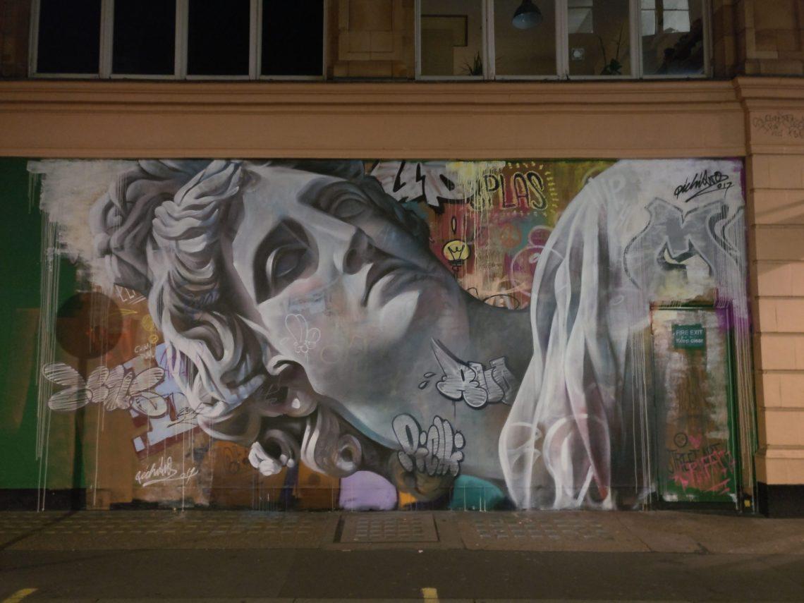 Street art by Pichiavo in London