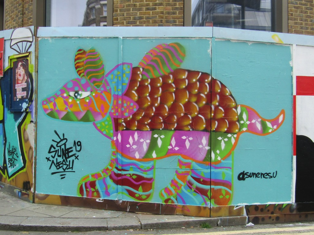 Mexican Street Artist Sune Nesu visits London