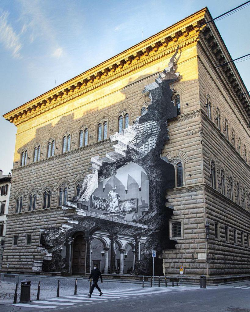 La Ferita by JR on the facade of the Palazzo Strozzi