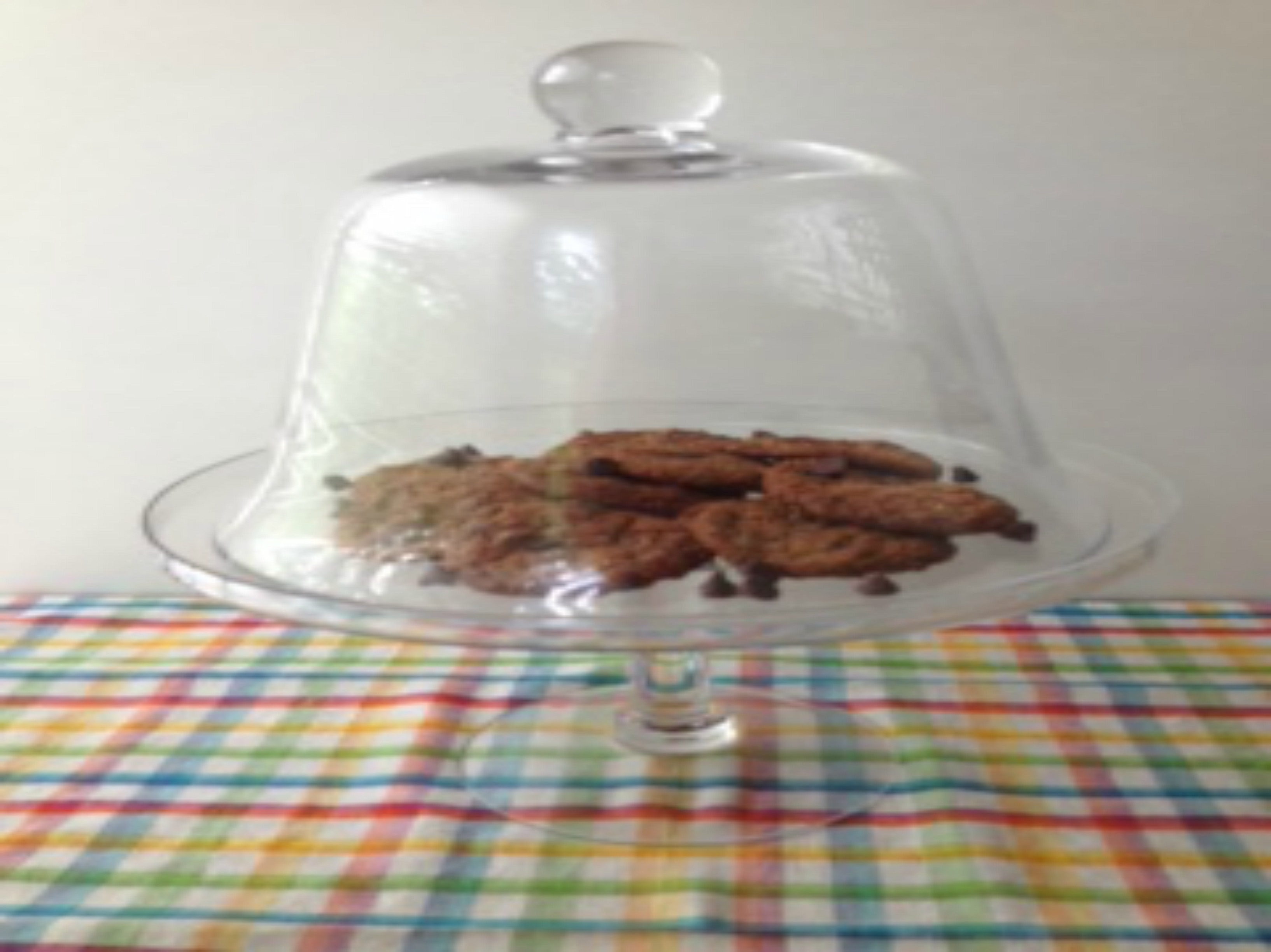 cookies in display platter picm