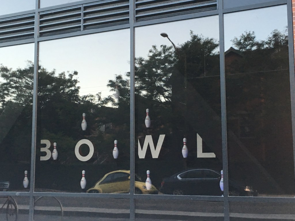 Kings Bowl: Chicago's Newest Dining and Bowling Establishment
