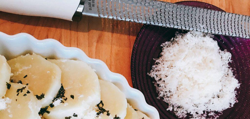 Crispy Roasted parmesan potatoes