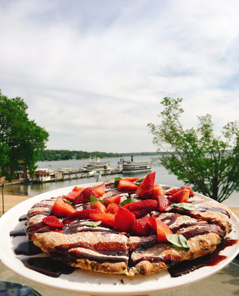 8 Food and Drink Places to Visit in Lake Geneva