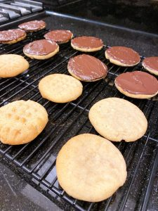 peanut butter chocolate cookies on rack