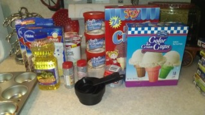 How to Make Microphone Cupcakes