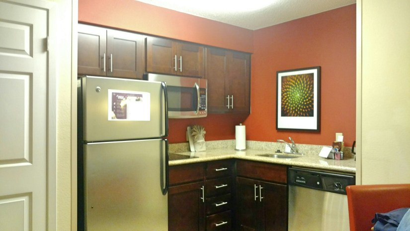 Travel On A Budget in Houston: Residents Inn Houston - A Romantic Getaway