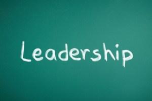 リーダーが行動を変革させために必要な4つの誓いとは?
