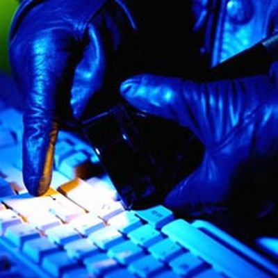 cyber crime1 lhl15 3868 HUh7Y 32290
