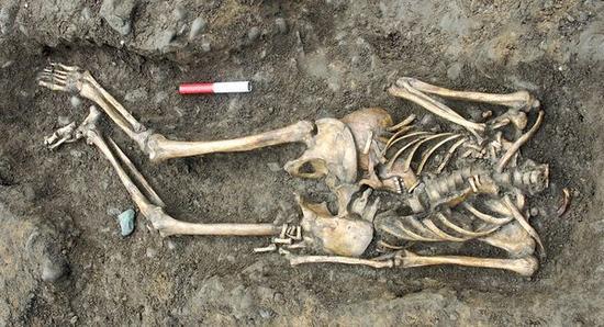 headless romans tomb 28089 600x450 zGluV 32853