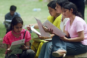 indian students female 1aBwk 6943