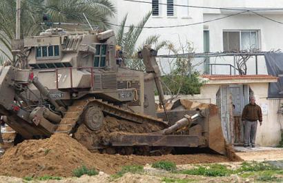 israeli army bulldozers in gaza  file 2007 1 PEIOE
